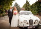 Braut-vor-dem-Einzug-Blumengaerten-Hirschstetten