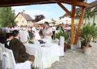 Freie Trauung als Dorfplatzhochzeit in Niederösterreich