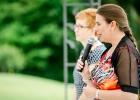 Rednerin Diana Albu-Lisson bei Hochzeitszeremonie im Hotel Das Eisenberg