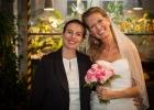 Hochzeitsrednerin-Diana-und-Braut-Caroline