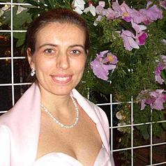 Dr. Diana Carmen Albu-Lisson, Freie Rednerin für Namensgebungsfeste, Hochzeiten, Beerdigungen und andere Anlässe